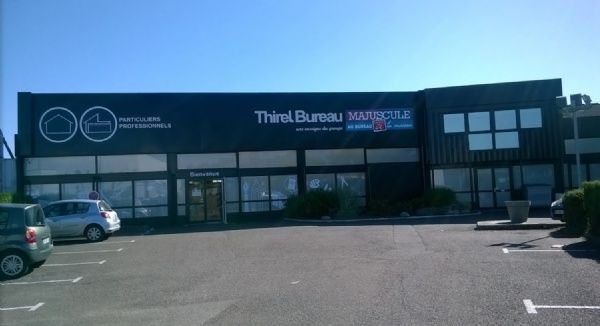 THIREL BUREAU MAJUSCULE