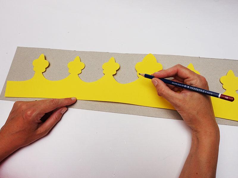 Majuscule papeterie fournitures de bureau scolaires et for Papeterie fourniture bureau